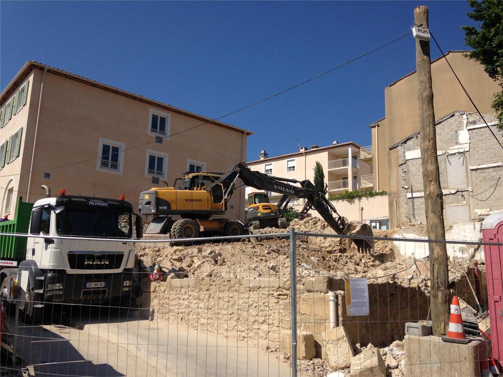 demolition bord route sdt marseille